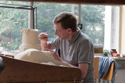 Günter Löscher, Leiter der Formerei, Porzellan Manufaktur Nymphenburg, Foto: Markus Draeger