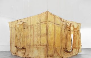 Heidi Bucher, Hautraum (Ricks Kinderzimmer, Lindgut Winterthur), 1987, Migros Museum für Gegenwartskunst, Photo: Stefan Altenburger Photography, Zurich