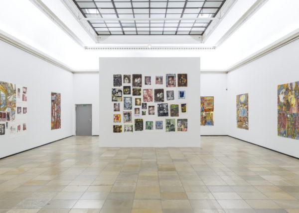 Felix Brenner, Andreas Maus, Kar Hang Mui. euward8, Installationsansicht mit Werken von Felix Brenner, Haus der Kunst, 2021, Foto: Maximilian Geuter