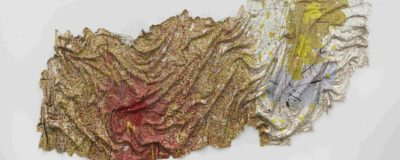 El Anatsui Gravity and Grace, 2010 aluminum and copper wire, 190 x 441 inches (482 x 1120cm) Collection of the Artist, Nsukka, Nigeria, Courtesy Jack Shainman Gallery, New York