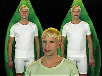 Bjørn Melhus, Again & Again (The borderer), 1998. One-channel video installation (color, sound) on 8 monitors. Courtesy Sammlung Goetz, Medienkunst, Munich.