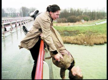Mathilde ter Heijne, Mathilde, Mathilde... (Filmstandbild), 2000. 1-Kanal-Videoinstallation (Farbe, Ton), Courtesy Sammlung Goetz, Medienkunst, München