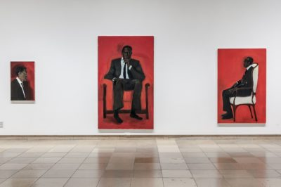 Lynette Yiadom-Boakye: The Much-mooted Mischief Of Men, 2015 Installationsansicht Haus der Kunst. Foto: Maximilian Geuter