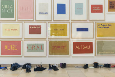 Franz Erhard Walther. Shifting Perspectives / Ausstellungsansicht Haus der Kunst München / Foto: Maximilian Geuter